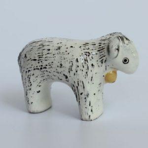 Schaf aus Keramik handgemacht